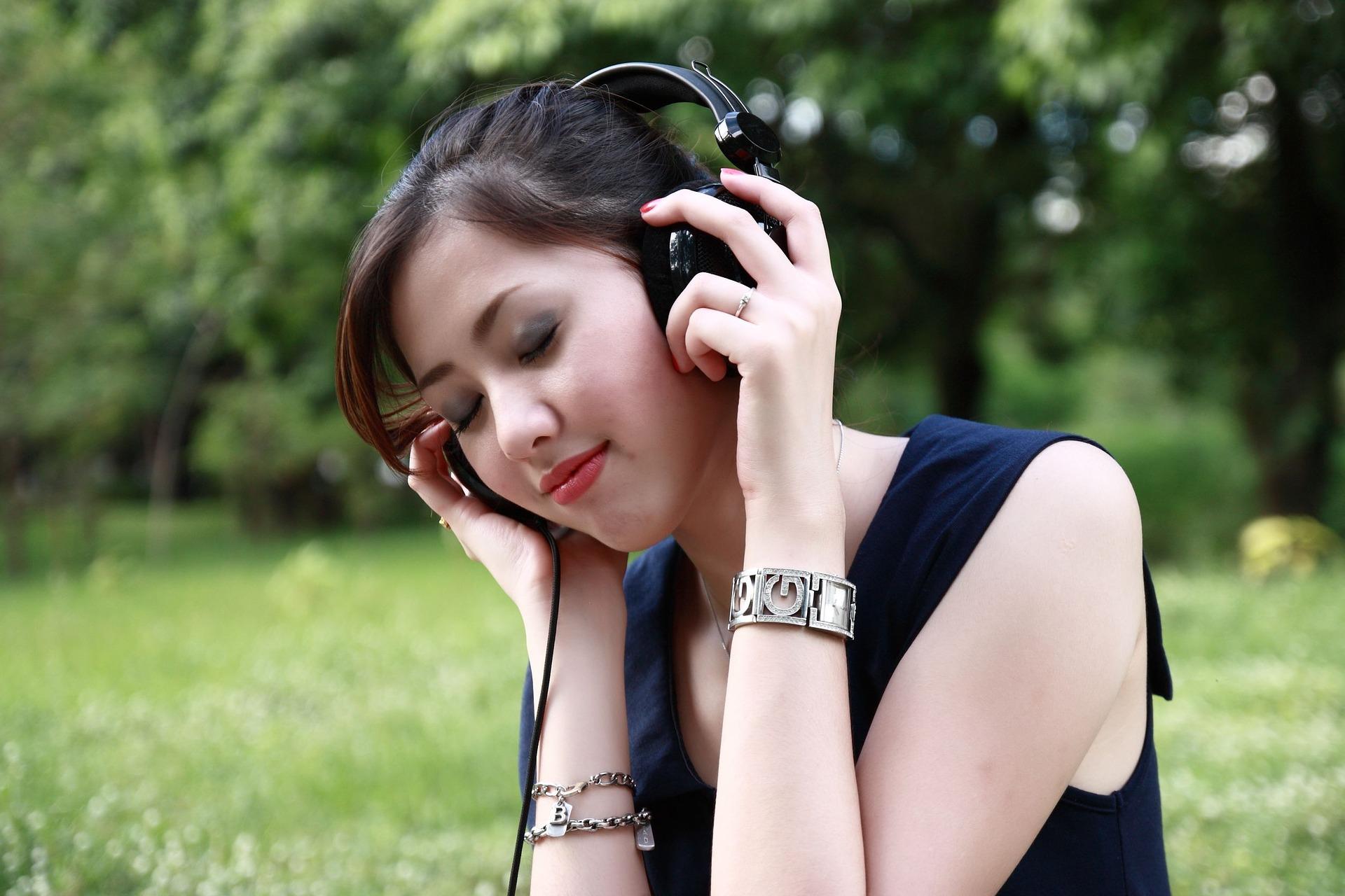 Déjate envolver por el encanto de la música
